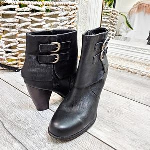 LIKE NEW-B.O.C WM 10/42 PEBBLED BLK LEATHER BOOTS